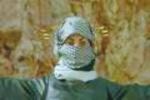 فتاة فلسطينية تهزم الكوماندوو الاسرائيلي